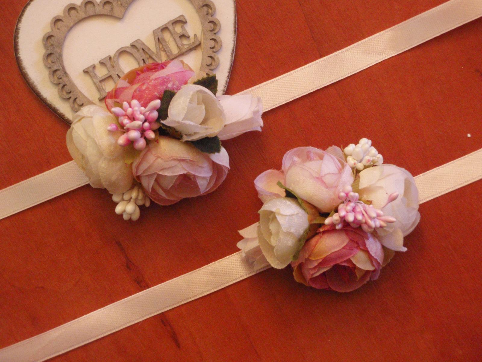 177.Kvetinové náramky pink, ivory a cyklamen - Obrázok č. 1