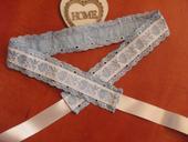 228. Folklórny modrý opasok s madeirou 4,5cm,