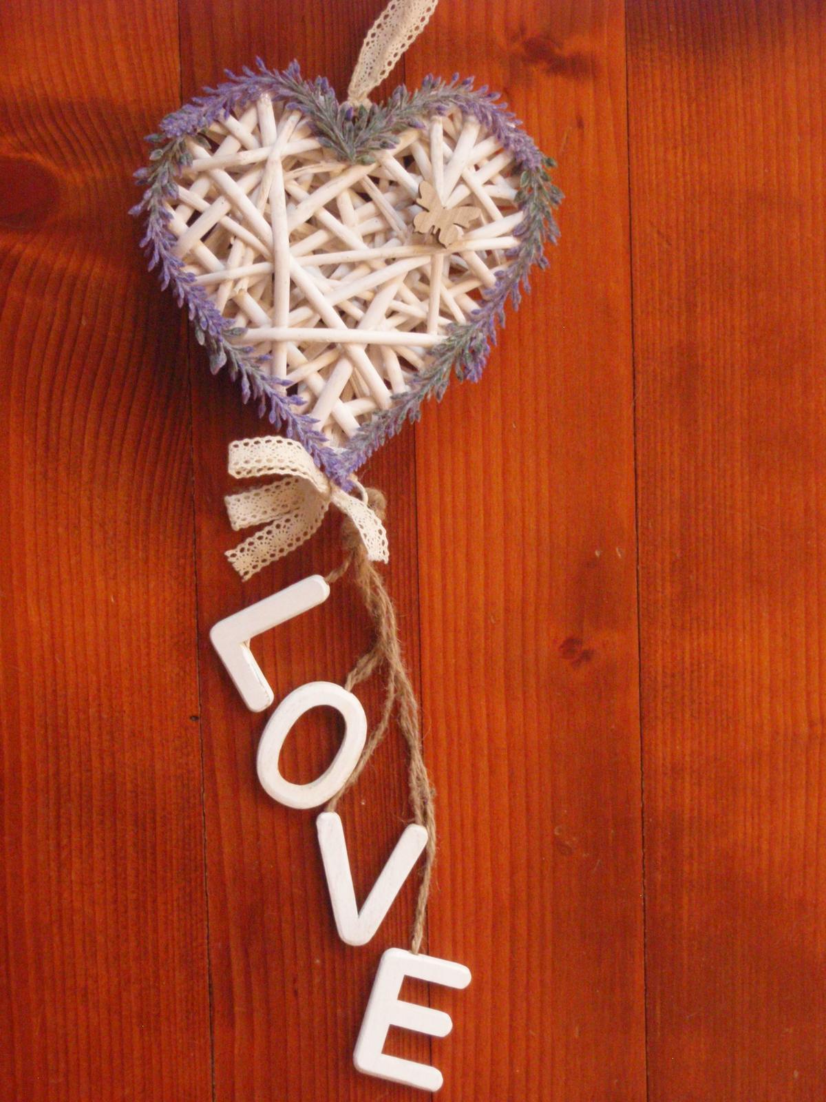 235. Levanduľové srdce s LOVE - Obrázok č. 1