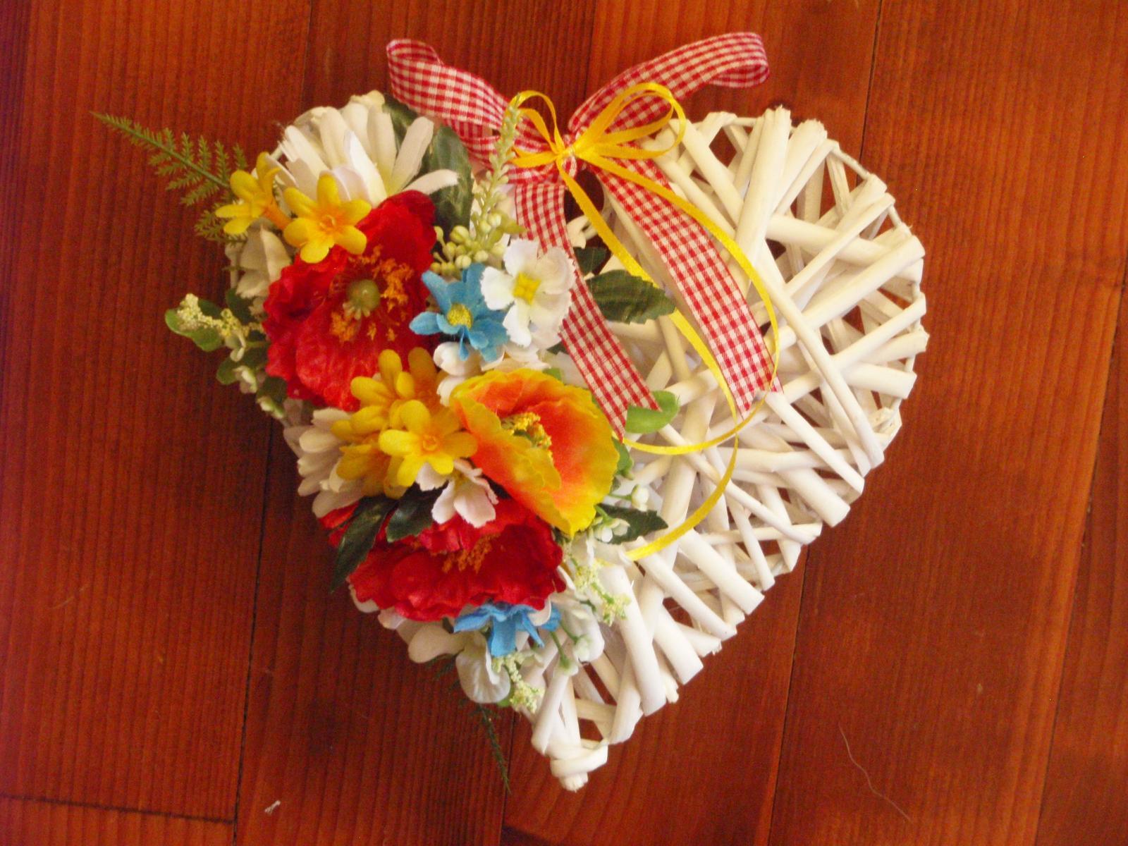 255. Srdce z lúčnych kvetov 25cm - Obrázok č. 1