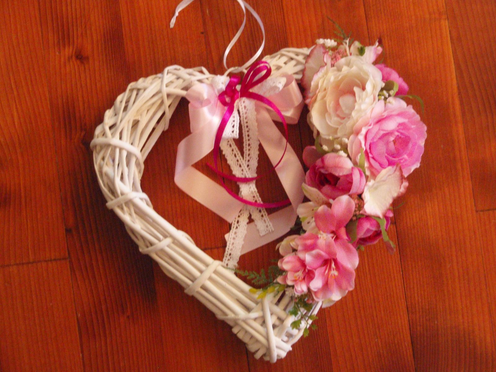 277. Cyklamenovo-ružové srdce 32cm - Obrázok č. 1
