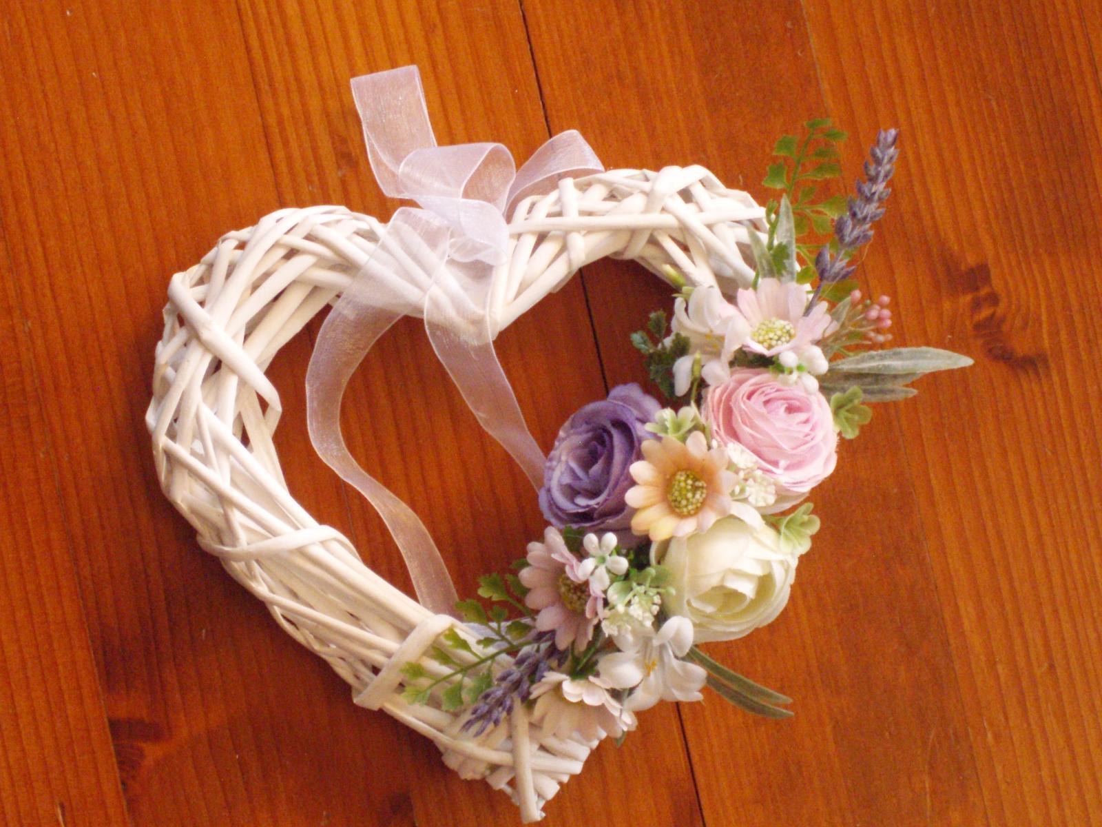 342. Kvetinové srdiečko 20cm - Obrázok č. 2