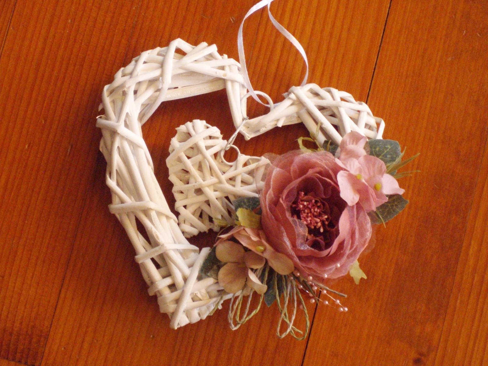 356. Vintage staroružové srdce s ružou - Obrázok č. 1