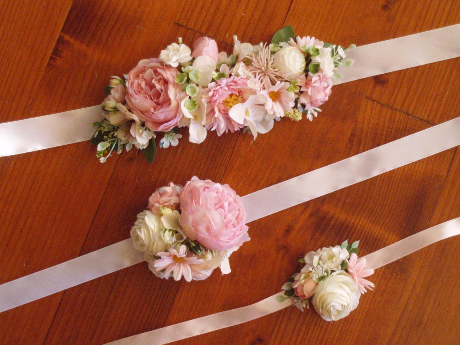 396. Ružovo-biely kvetinový opasok - Obrázok č. 1