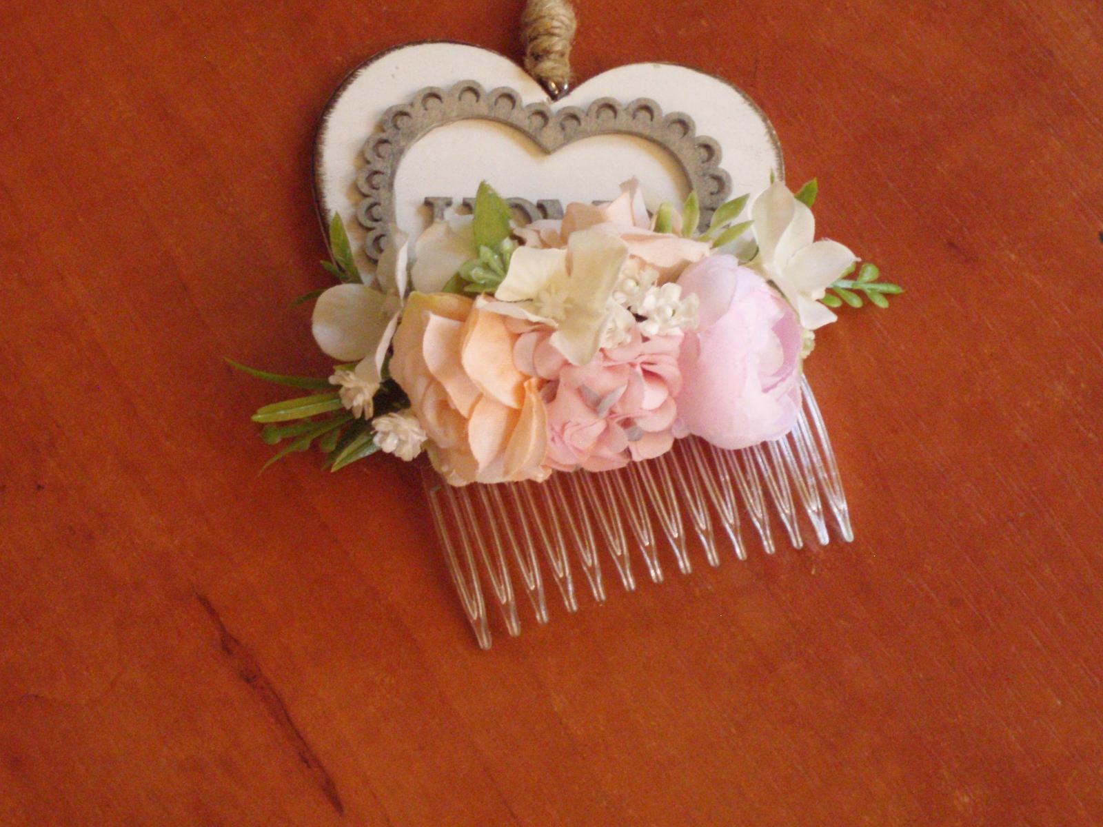 414. Ružovo-marhuľkový hrebienok - Obrázok č. 1