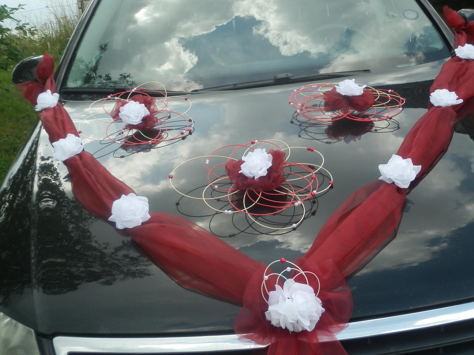 Svatební dekorace,výzdoba na auto-růže v pedigu - Obrázek č. 1