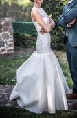 Svatební šaty ze salonu Naive, 34