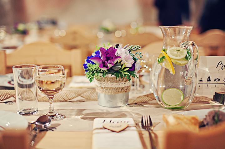 Výzdoba svatebních stolů nevěst z Bereme se - Obrázek č. 20