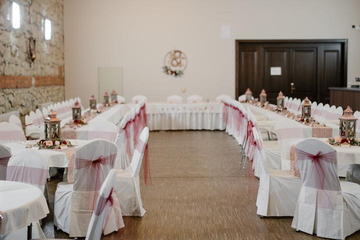 Výzdoba svatebních stolů nevěst z Bereme se - Obrázek č. 57