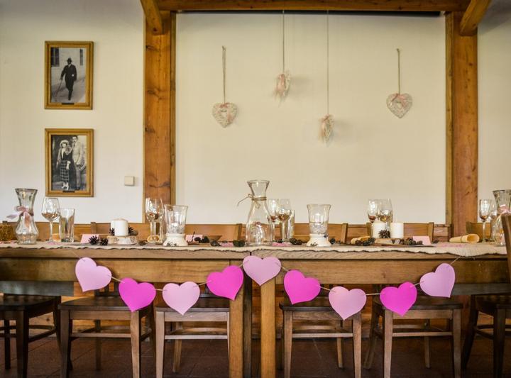 Výzdoba svatebních stolů nevěst z Bereme se - Obrázek č. 63