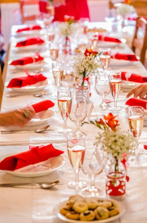 Výzdoba svatebních stolů nevěst z Bereme se - Obrázek č. 97