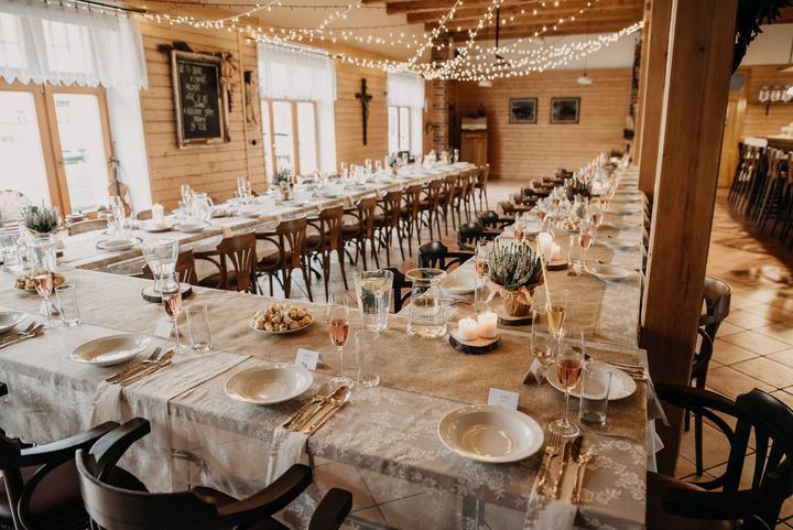 Výzdoba svatebních stolů nevěst z Bereme se - Obrázek č. 127