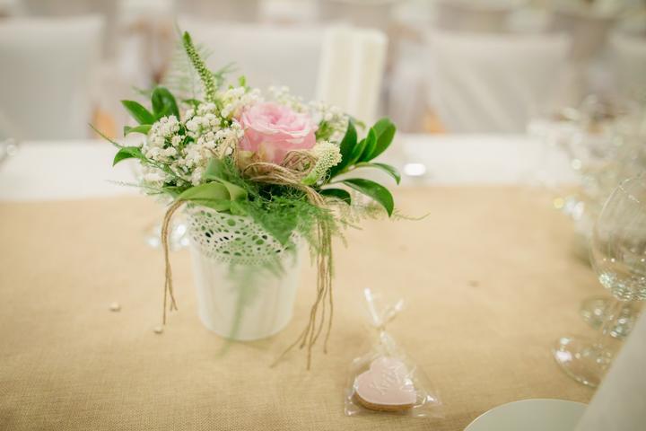 Výzdoba svatebních stolů nevěst z Bereme se - Obrázek č. 175