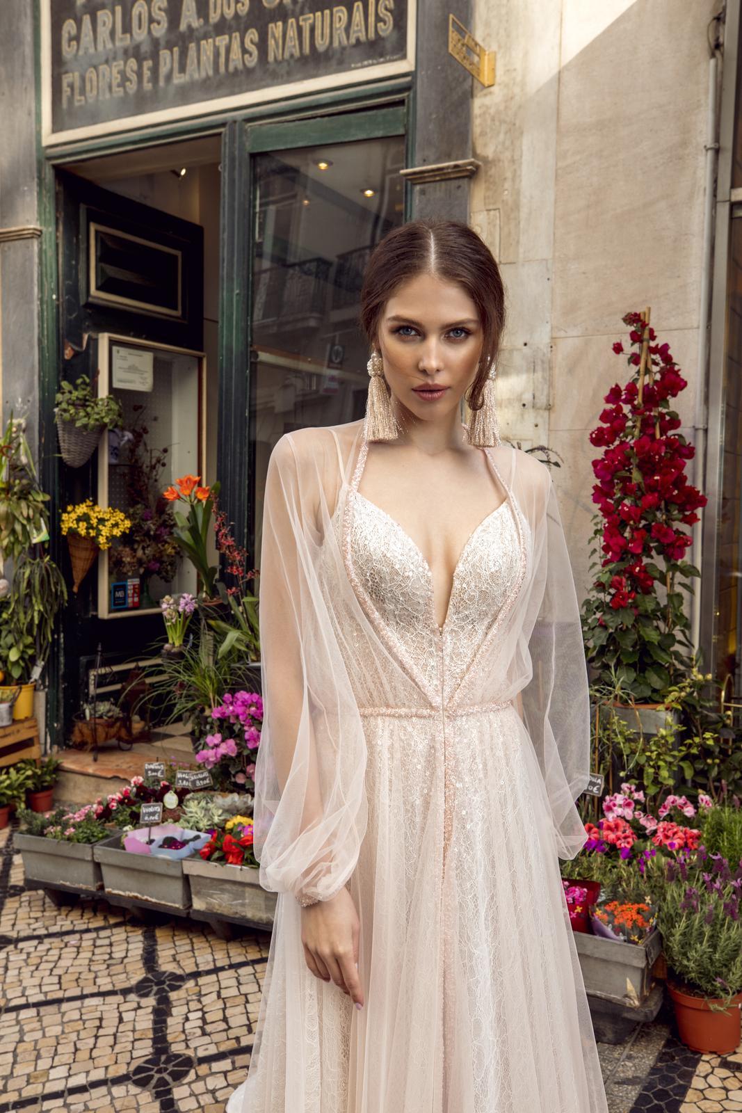 Svatební šaty Innocentia inspirované Lisabonem - Obrázek č. 6