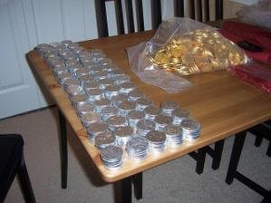 cokoladovy mince do balicku pro hosty