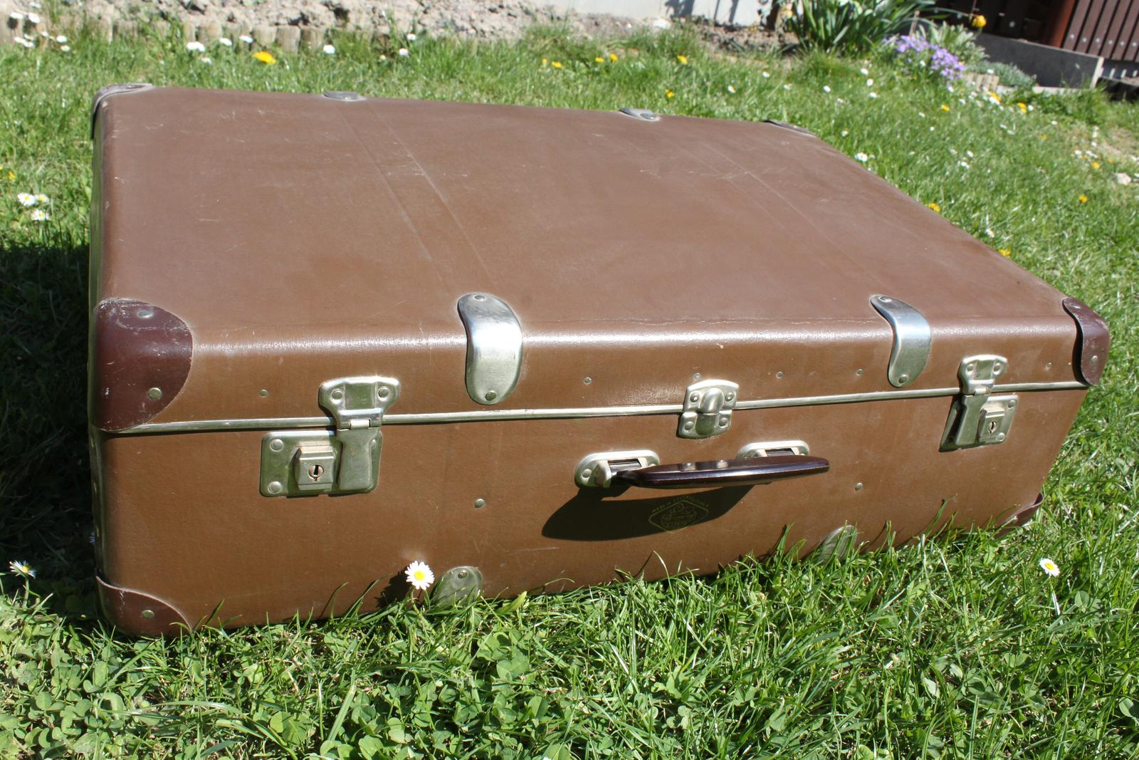 Retro kufr - Obrázek č. 1