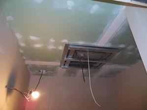 Koupelna - ještě doděláme tu kostku s osvětlením :)