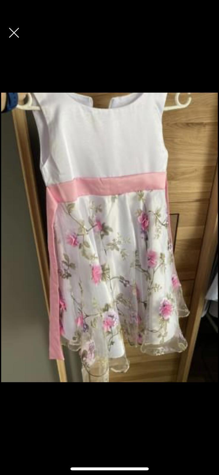 Dívčí šaty - Obrázek č. 2
