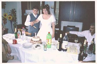 krájení dortu........ manželovi se povedl krásně ho nazdobil