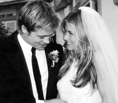 Svatby celebrit - Jennifer Aniston a Brad Pitt (2000)
