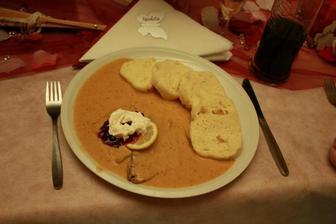 jídlo bylo úžasné, ale bylo ho opravdu hodně :-D