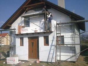 Polystyren predna cast domu