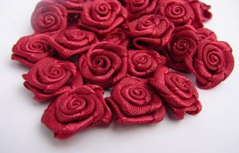 Růžičky na vývazky, ještě je musím udělat :-)