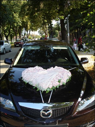 Predstavy a sny 29.10.2011 - Nádherná výzdoba auta snov :) Mazda 6