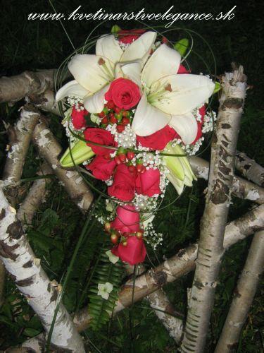 Predstavy a sny 29.10.2011 - Moja svadobná kytica :)))