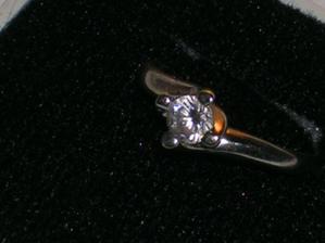 môj zásnubný prstienok (24.6.2005!