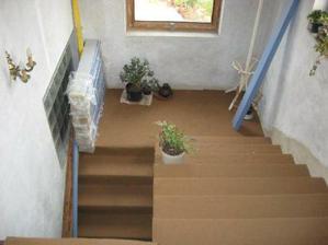 schodiště do pokojíku, ložnice a pokoje pro hosty