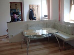 nový stůl do kuchyně