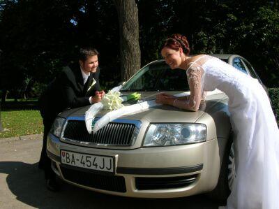 Maruška Čanakyová{{_AND_}}Róbert Palka - naše svadobné autíčko