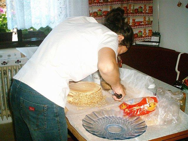Pripravy :o) - peciem medovu torticku