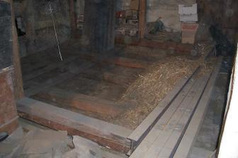 """Podlaha v """"obýváku"""" 4.9.2007"""