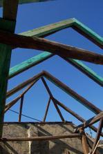 Nový krov.