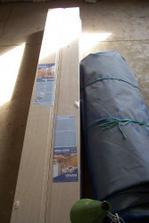Obkladové panely na stropy a šikminy (imitace javoru jako parapet)