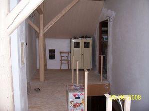 Nové futra - vchod do budoucího obýváku...