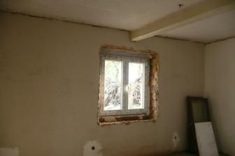 okno ložnice