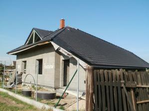 Už to začíná trochu vypadat jako dům....