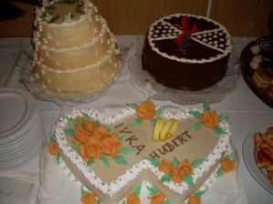 cast nasich torticiek, vsetky ani neboli vylozene, bolo ich dost..