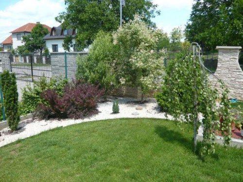 Naša milovaná záhrada - Obrázok č. 7
