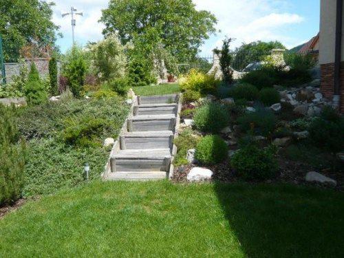 Naša milovaná záhrada - Obrázok č. 8
