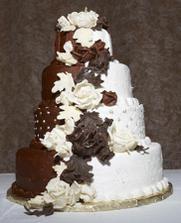 dort už je také objednaný, přítel chtěl celý čokoládový, ale nakonec bude kompromis :-)