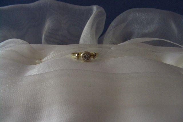 12.8.2006 - ...moj prstienok...