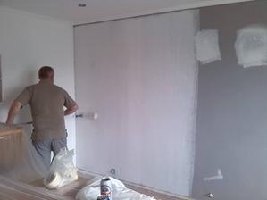 dalsie zmeny : seda stena sa premalovala na bielo
