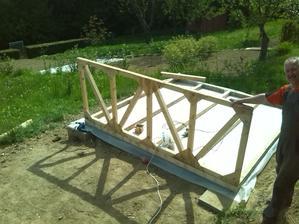 prva konstrukcia :-)