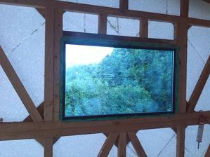 velke okno pohlad z vnutra