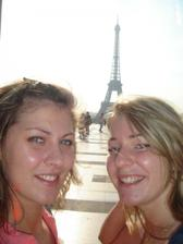vela sme spolu prezili. v Parizi nam bolo svetovo. verim, ze sa tam spolu este vratime!