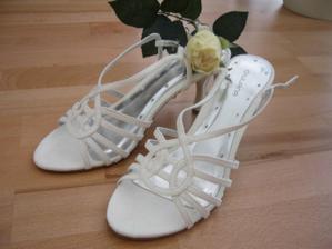 střevíčky pro nevěstu :o)